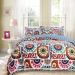 DaDa Bedding Bohemian Wildfire Gardens Reversible Cotton Quilted Coverlet Bedspread Set – Bright Vibrant Multi Colorful Rainbow Geometric Floral Print – Twin – 2-Pieces